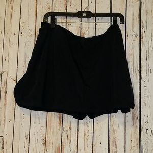 4x skirt bottoms in front short in back